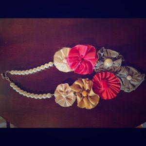 Unique Fabric flower fashion necklace
